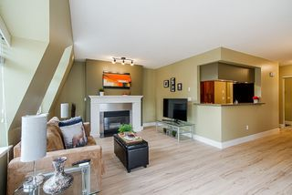 """Photo 12: 126 217 BEGIN Street in Coquitlam: Maillardville Townhouse for sale in """"PLACE FONTAINEBLEAU"""" : MLS®# R2404944"""