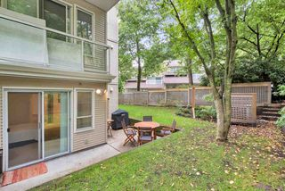 """Photo 16: 103 3400 SE MARINE Drive in Vancouver: Champlain Heights Condo for sale in """"TIFFANY RIDGE"""" (Vancouver East)  : MLS®# R2409100"""