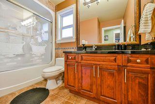 Photo 11: 6263 142 Street in Surrey: Sullivan Station House for sale : MLS®# R2421250