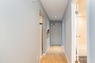 "Photo 3: 205 1011 FOURTH Avenue in New Westminster: Uptown NW Condo for sale in ""CRESTWELL MANOR"" : MLS®# R2436039"