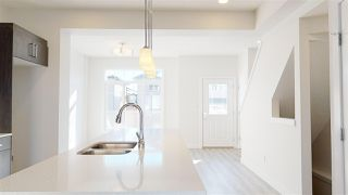 Photo 2:  in Edmonton: Zone 30 Townhouse for sale : MLS®# E4192551