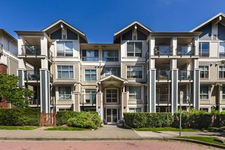 "Photo 2: 305 275 ROSS Drive in New Westminster: Fraserview NW Condo for sale in ""The Grove at Victoria Hill"" : MLS®# R2479209"