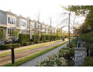 Photo 9: 6781 VILLAGE GR in Burnaby: Condo for sale : MLS®# V825832