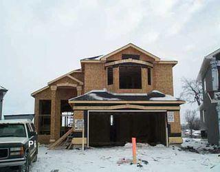 Main Photo: 51 GRADY Bend in Winnipeg: West Kildonan / Garden City Single Family Detached for sale (North West Winnipeg)  : MLS®# 2601182