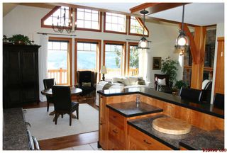Photo 12: 3328 Roncastle Road in Blind Bay: McArthur Heights Residential Detached for sale : MLS®# 10024549