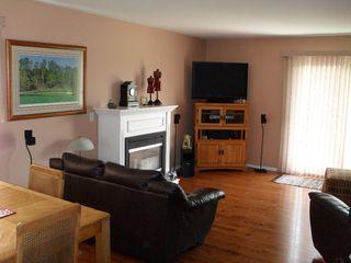 """Photo 5: 8 2020 Van Horne Drive in Kamloops: House for sale in """"VAN HORNE TERRACES"""" : MLS®# 104946"""