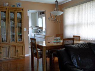 """Photo 4: 8 2020 Van Horne Drive in Kamloops: House for sale in """"VAN HORNE TERRACES"""" : MLS®# 104946"""