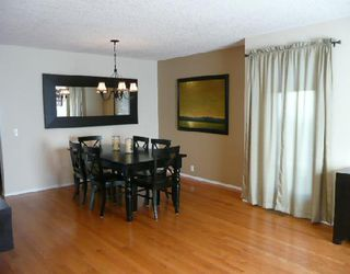 Photo 2:  in CALGARY: Douglasdale Estates Residential Detached Single Family for sale (Calgary)  : MLS®# C3300204