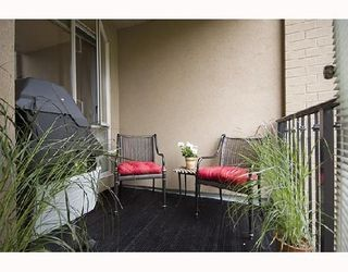 Photo 4: # 251 2175 SALAL DR in Vancouver: Condo for sale : MLS®# V713598