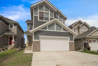 Photo 2: 8830 24 Avenue in Edmonton: Zone 53 House for sale : MLS®# E4165328