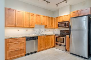 "Photo 3: 106 2511 KING GEORGE Boulevard in Surrey: King George Corridor Condo for sale in ""PACIFICA RETIREMENT RESORT"" (South Surrey White Rock)  : MLS®# R2388617"