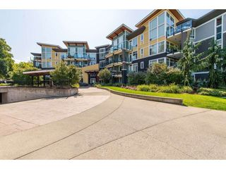 "Photo 1: 208 45389 CHEHALIS Drive in Sardis: Vedder S Watson-Promontory Condo for sale in ""THE RADIUS"" : MLS®# R2396808"