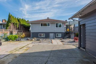 Photo 18: 8391 11TH Avenue in Burnaby: East Burnaby House for sale (Burnaby East)  : MLS®# R2414796