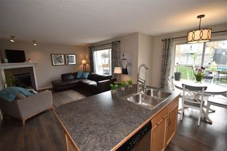 Photo 2: 21 ASHGROVE Drive: Spruce Grove House for sale : MLS®# E4177749