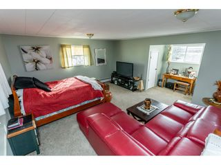 Photo 7: 25060 16 Avenue in Langley: Otter District House for sale : MLS®# R2416110