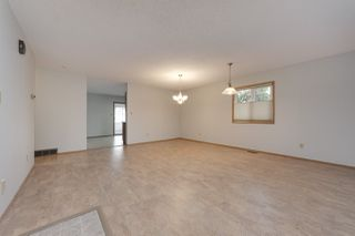 Photo 4: 19 20 GEORGIAN Way: Sherwood Park House Half Duplex for sale : MLS®# E4183055