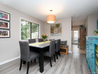 Photo 5: 1021 Gardenia Court in VICTORIA: SW Strawberry Vale Single Family Detached for sale (Saanich West)  : MLS®# 423685