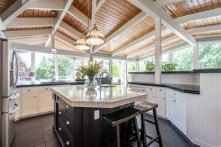 """Photo 3: 980 PACIFIC Drive in Delta: English Bluff House for sale in """"THE VILLAGE"""" (Tsawwassen)  : MLS®# R2462266"""