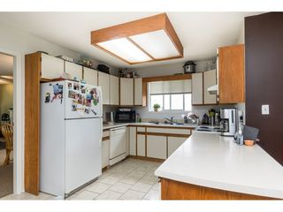 "Photo 6: 15845 95 Avenue in Surrey: Fleetwood Tynehead House for sale in ""Fleetwood Belair Estates"" : MLS®# R2468767"