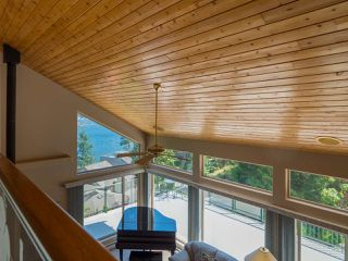 "Photo 6: 9193 TRUMAN Road in Halfmoon Bay: Halfmn Bay Secret Cv Redroofs House for sale in ""Truman Loop"" (Sunshine Coast)  : MLS®# R2475550"