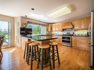 "Photo 9: 9193 TRUMAN Road in Halfmoon Bay: Halfmn Bay Secret Cv Redroofs House for sale in ""Truman Loop"" (Sunshine Coast)  : MLS®# R2475550"