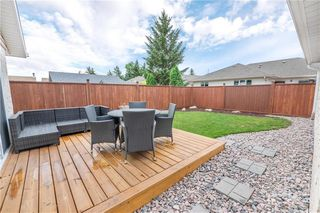 Photo 4: 418 Gilmore Avenue in Winnipeg: North Kildonan Residential for sale (3G)  : MLS®# 202017122