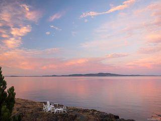 Photo 6: 2940 Mt. Baker View Rd in Saanich: SE Ten Mile Point House for sale (Saanich East)  : MLS®# 844062