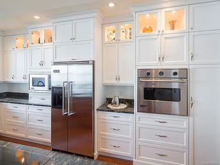 Photo 9: 2940 Mt. Baker View Rd in Saanich: SE Ten Mile Point House for sale (Saanich East)  : MLS®# 844062