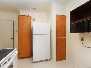 Photo 6: 221 kamloops Ave in : SW Tillicum House for sale (Saanich West)  : MLS®# 850412