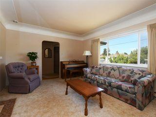 Photo 3: 221 kamloops Ave in : SW Tillicum House for sale (Saanich West)  : MLS®# 850412