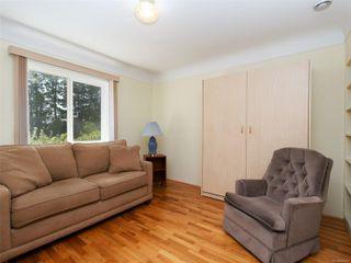 Photo 11: 221 kamloops Ave in : SW Tillicum House for sale (Saanich West)  : MLS®# 850412