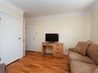 Photo 12: 221 kamloops Ave in : SW Tillicum House for sale (Saanich West)  : MLS®# 850412