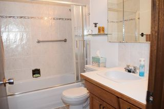 Photo 10: 7132 Hunterwood Road NW in Calgary: Huntington Hills Detached for sale : MLS®# A1023165