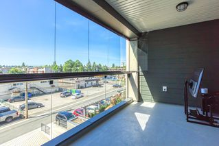 """Photo 16: 304 5638 201A Street in Langley: Langley City Condo for sale in """"THE CIVIC BY CREADA DEVELOPMENTS"""" : MLS®# R2495146"""