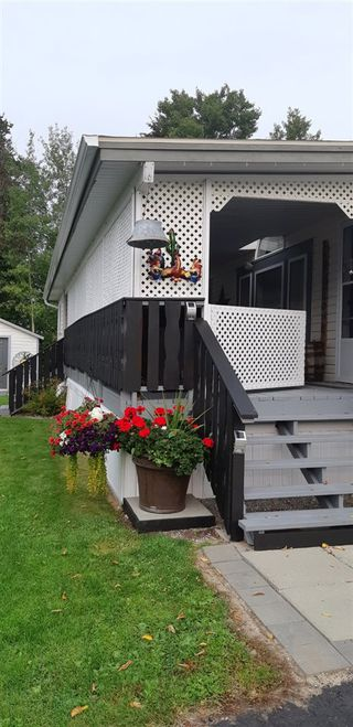 Photo 3: 49 1000 INVERNESS Road in Prince George: Aberdeen PG Manufactured Home for sale (PG City North (Zone 73))  : MLS®# R2513577