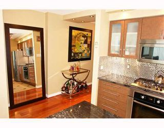 """Photo 6: 2902 1438 RICHARDS Street in Vancouver: False Creek North Condo for sale in """"AZURA 1"""" (Vancouver West)  : MLS®# SOLD"""