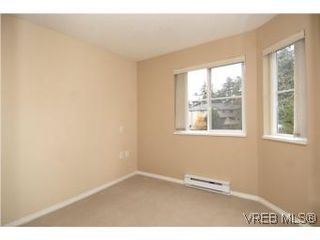 Photo 12: 202 290 Island Hwy in VICTORIA: VR View Royal Condo for sale (View Royal)  : MLS®# 519990