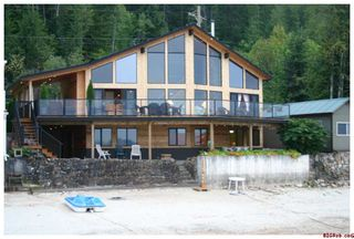 Photo 9: #5; 1249 Bernie Road in Sicamous: Waterfront Residential Detached for sale : MLS®# 10014956