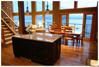 Photo 30: #5; 1249 Bernie Road in Sicamous: Waterfront Residential Detached for sale : MLS®# 10014956
