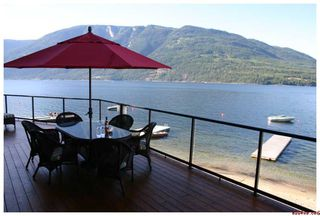 Photo 11: #5; 1249 Bernie Road in Sicamous: Waterfront Residential Detached for sale : MLS®# 10014956