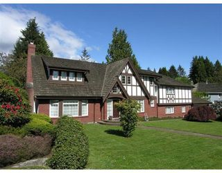 Main Photo: 427 NEWLANDS RD in West Vancouver: CD Cedardale House for sale (WV West Vancouver)  : MLS®# V646106