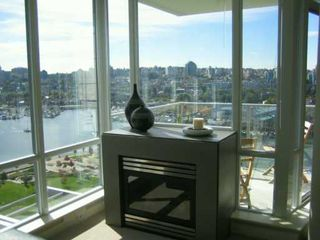"Photo 13: 638 BEACH Crescent in Vancouver: False Creek North Condo for sale in ""ICON"" (Vancouver West)  : MLS®# V618693"