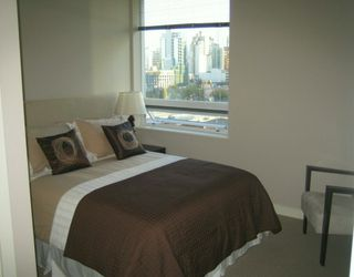 "Photo 15: 638 BEACH Crescent in Vancouver: False Creek North Condo for sale in ""ICON"" (Vancouver West)  : MLS®# V618693"