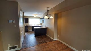 Photo 5: 4 315 N Avenue South in Saskatoon: Pleasant Hill Residential for sale : MLS®# SK786506