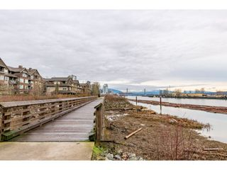 Photo 17: 303 260 SALTER Street in New Westminster: Queensborough Condo for sale : MLS®# R2433143