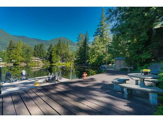 Photo 19: 44168 BAYVIEW Road in Mission: Lake Errock House for sale : MLS®# R2437276