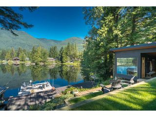 Photo 7: 44168 BAYVIEW Road in Mission: Lake Errock House for sale : MLS®# R2437276