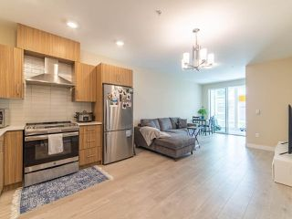 Main Photo: 214 2889 E 1ST Avenue in Vancouver: Renfrew VE Condo for sale (Vancouver East)  : MLS®# R2461625