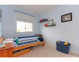 Photo 8: # 55 6588 BARNARD DR in Richmond: Condo for sale : MLS®# V781664