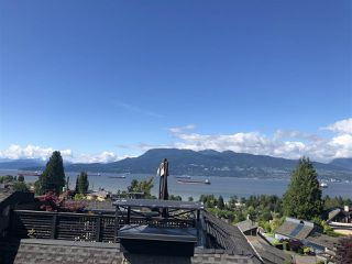 Photo 4: 1996 SASAMAT Street in Vancouver: Point Grey House for sale (Vancouver West)  : MLS®# R2465907